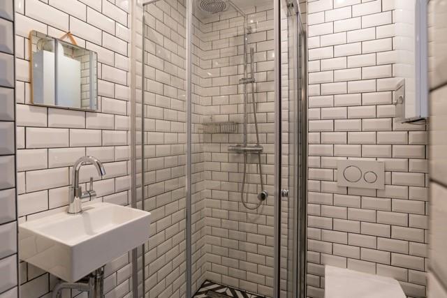 bathroom pics jpg